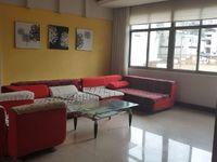 百货大楼生活区 精装修五室 带全套家具家电 地理位置优越