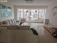市中心 朱瑾路 精装三室 带家具家电 装修漂亮 支持短租 看房方便