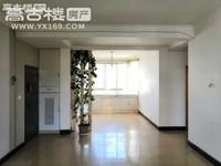 距离师院500米技校生活区楼梯房5楼 70年产权带车库 单价仅6600