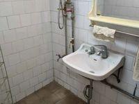 玉溪五中旁 园丁小区 房东新装修 3室1厅12卫 预约看房