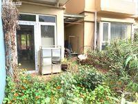 山水佳园品质小区 1楼三室出租 带80平花园 带车位 拎包入住