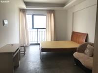 都市经典精装单身公寓 带家具还有个洗衣机 拎包入住 随时看房