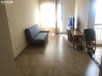 湖畔之城 57平精装修两室租1300每月 带部分家具 采光好一中对面学区房
