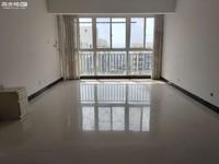 盛世庭院 102平精装修三室1500每月 带部分家具 中上楼层南北通透 居住舒适