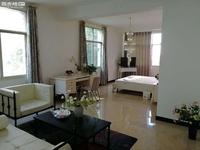 葫田二区 精装房屋 五室二厅三卫 388平米 3000出租