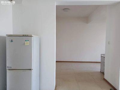 盛世庭院 精装4室大租房 带车位 看房有钥匙