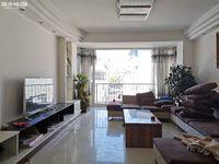金粮小区四楼 178平 150万 三室可改四室 精装修 带30平车库 看房方便!