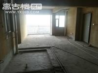 北边玉湖公馆 17楼 125平 毛坯 90万 三室 户型方正 车位原价转让!!