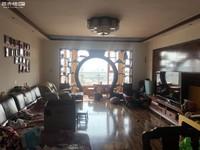 北市区历史最低!玉溪二小区精装修大4室 带车位带储物间 大阳台 中间楼层视野好