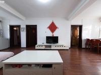 六中,建材市场旁边秀山路路口,物资大厦精装3室带家具1300出租!