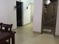 一小旁两室精装修90平1380元/月中间楼层我有钥匙