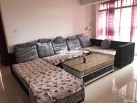 师院下面 盛世庭园 精装修3个卧室带家具 只租1300白菜价