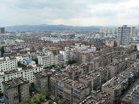 楼层好,视野广,学位房出售,建银广场 147万 4室2厅2卫