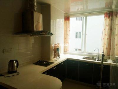 淘宝街 富然三区 精装 带家具家电 一室一厅 拎包入住