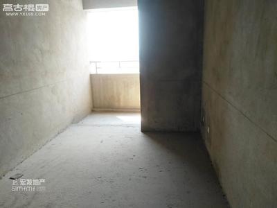 大营街温泉小镇景兴苑 149平76万 3室2厅2卫 毛坯非常安静,笋盘出售!