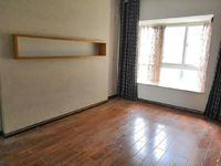 时代广场133平3居室精装修 只要92万 端头房