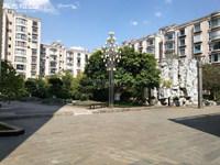 珊瑚苑北区三楼133平米精装82万