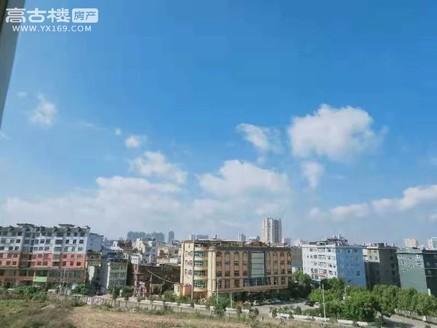 聂耳广场山水小学旁 平福园精装非顶层145平带车库 小区环境