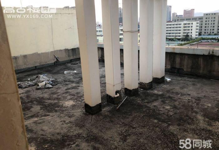 三中对面玉锦园6楼7楼带车位可改复式
