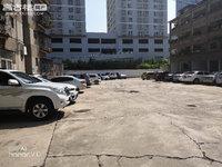 市医院环卫站三居室80平米51万停车免费