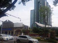 龙马华庭,50平两室,证件在手,带家具家电,售价36万!!!