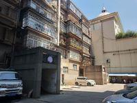 龙马酒店旁边 红塔食品厂 79.8 51万3室2厅1卫有钥匙