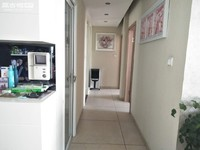 沃尔玛 市中心 盛世庭园旁时代广场 108平精装修3室带车位 中间楼层拎包入住