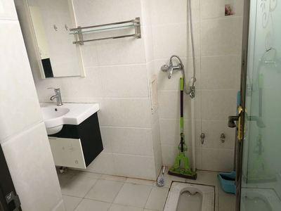 嘉阳商业城公寓出 电梯房5楼 可做饭 停车方便 只租650