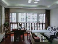 时代广场 整洁 保养非常好的房源 带车位 家具和部分家电