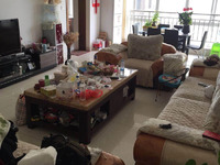 淘宝街附近 富然二期 楼梯房 140平米 精装修三室拎包入住 单价5000!!!