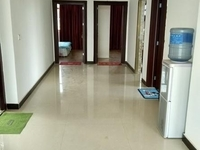 出租李棋街道旁边130平米3室2厅1卫 整层 精装修仅850元/月