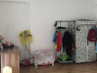 红星国际对面盛世尚居101平3居室,装修清爽,超高的性价比!