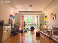 二职中师院旁盛世庭院,精装修3室,采光透亮,带地下车位,户型周正,诚心出售!!