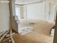 玉溪二小区 豪装四室经典户型 装修好还没有住过 房东诚心出售!