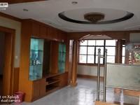 一小四中旁 福寿街 工商局 精装修 学区房 看房随时方便 房东急售。
