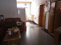 龙马路安居小区中间楼层74平米小三室采光好,格局好