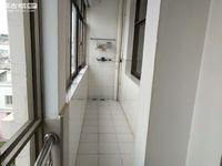 鲁奎园 中装4室 171平 带车库 看房方便