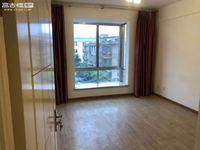 聂耳广场旁 4楼 140平135万房东急售 价格可谈