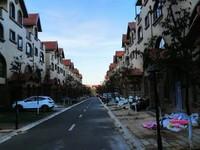 同小区,同户型价格比较便宜,首付一半就可以,性价比高,