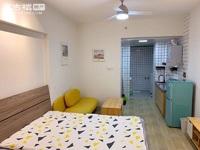 都市经典精装公寓1室,地段好,周边配套设施齐全,生活便利