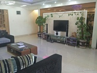 兰苑洋房精装4室,房子户型好,南北通透采光好,周边配套设施齐全,生活便利