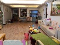 润玉苑精装4室,带车库,小区环境好,周边生活便利,有钥匙,看房方便