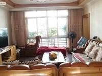 北苑B区 证件齐全 满两年 房东诚心卖 流水停车 车位充足!!!!!