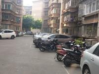 烟厂开发区,F区,单开门,精装修,黄金楼层,小区环境好,流水停车,老人居住首选