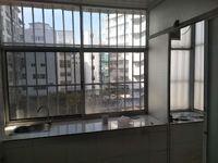 三医院旁饮食服务公司新装修2房800元月支持月付