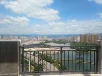 聂耳广场旁临岸三千城二期千澜园211平一线湖景大平层