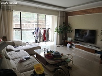 润玉园 政法小区 景园2号房152平精装四室 带地下车位125万