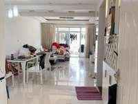 山水佳园铭德尚居 151平四室两厅两卫价格3500一个月 居民素质高