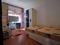 三小旁玲珑园二楼精装三室急售看房方便