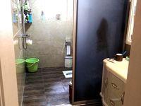 星光公寓附近,塔甸煤矿生活区,精装修私室,小区环境很好,流水停车,拎包入住了